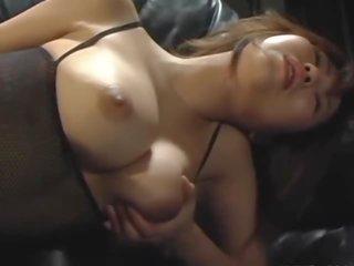 teini tyttöjen alaston tissit